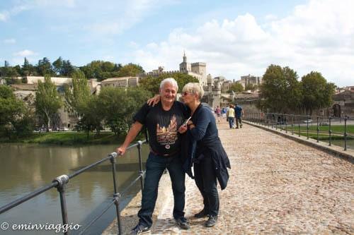 Provenza e Camargue il ponte di Avignone