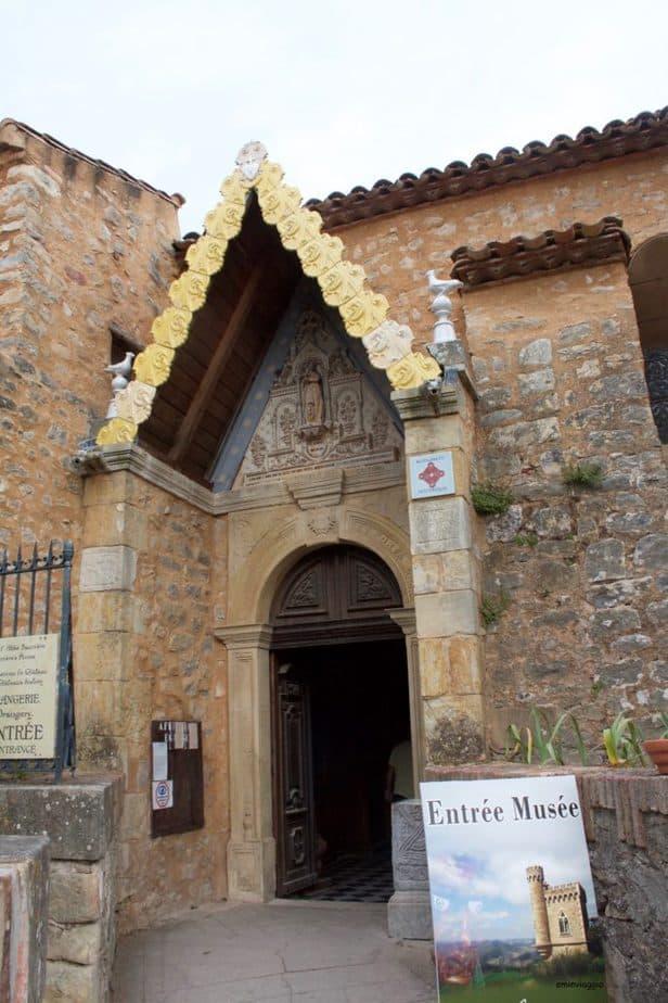 Provenza e Camargue chiesa di Rennes le chateau