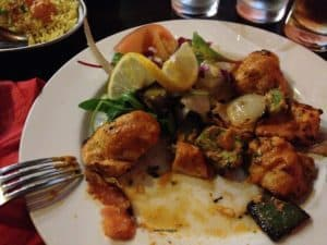 Edimburgo in settembre ristorante indo-nepalese pollo e verdure