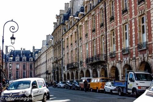 Parigi-un-lato-di-place-des-vosges