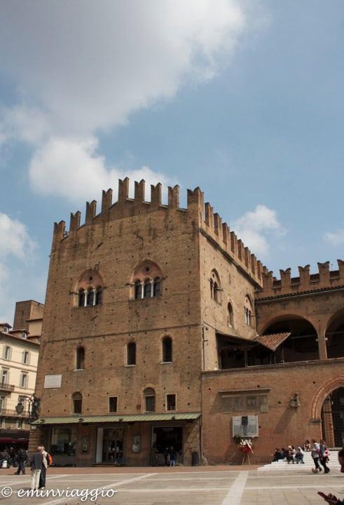 Bologna-Palazzo-di-Re-Enzo
