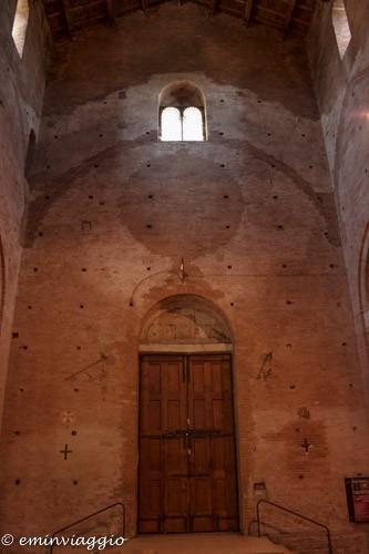 l'ingresso dall'interno