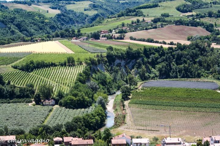 Brisighella vista sulla valle del Lamone