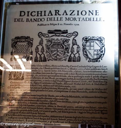 Magie a Bologna quadrilatero dichiarazione del bando delle mortadelle