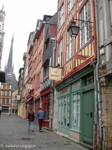Normandia Rouen case a graticcio