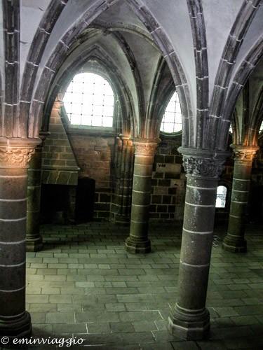 Mont Saint Michel chiostro romanico