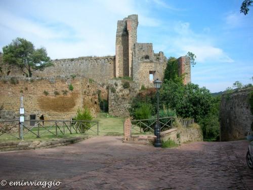 sovana il tesoro di montecristo il parco archeologico