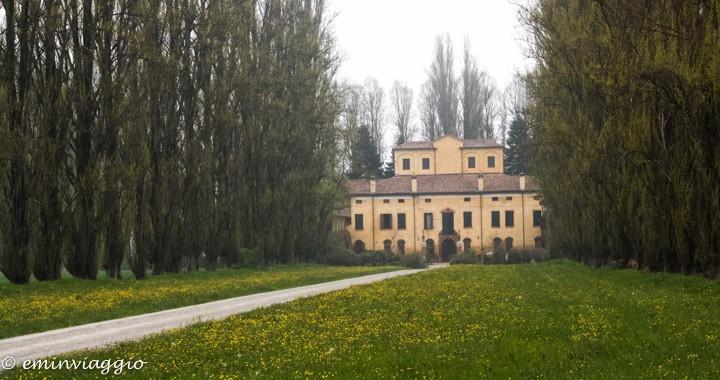 correggio via carletti villa Taparelli