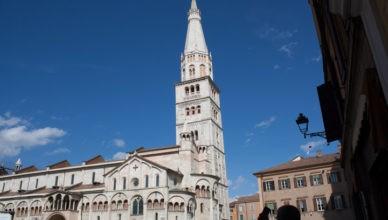 Modena il Duomo e la Ghirlandina