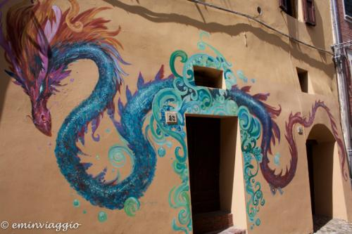 Dozza borgo fortificato e dipinto