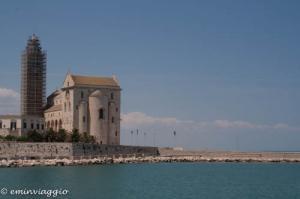 Trani e la Cattedrale: perle sul mare