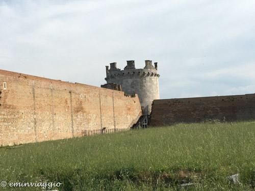 Lucera: tra Anfiteatro, Fortezza e Federico II